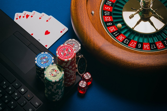 Difference Between A Professional And Compulsive Gambler