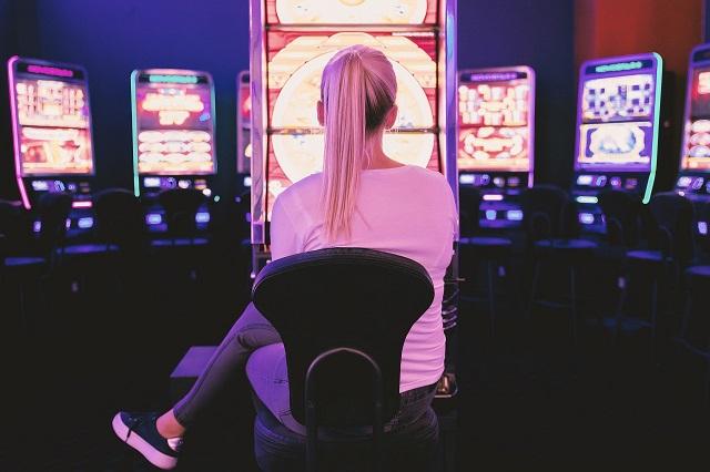5 Signs Of Gambling Addiction