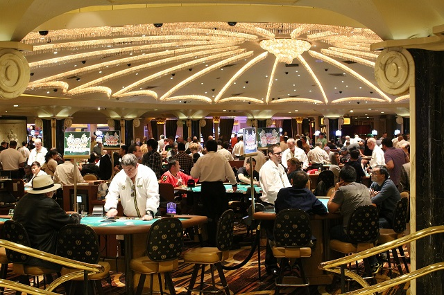 6 Mistakes To Avoid While Playing At Online Casinos